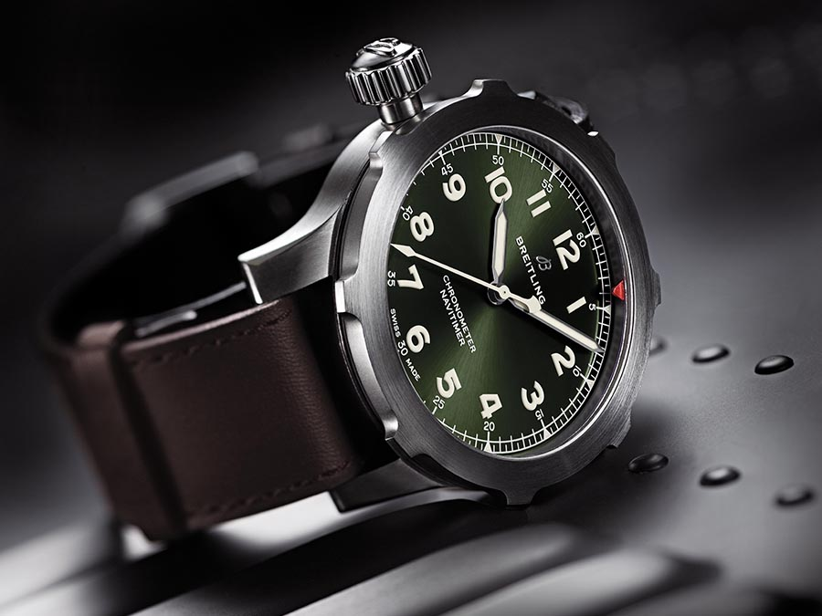 Navitimer Super 8 in titanium with Military green dial and brown Nato leather strap kopie